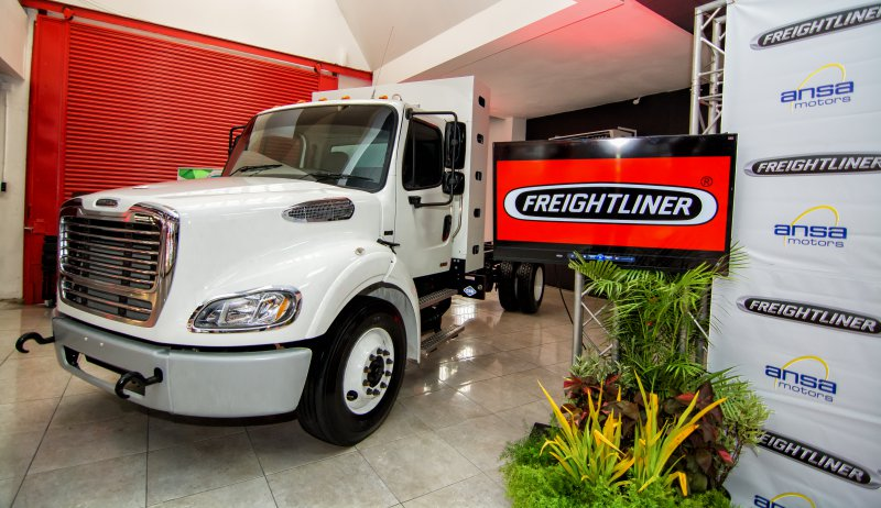 Freightliner Trucks' Business Class M2 112,